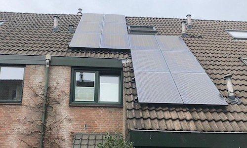 Alphen aan den Rijn: 12 panelen SolarWatt