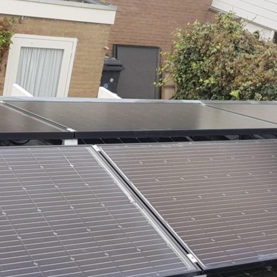 Familie de Zeeuw - 12 solarwatt glas-glas zonnepanelen