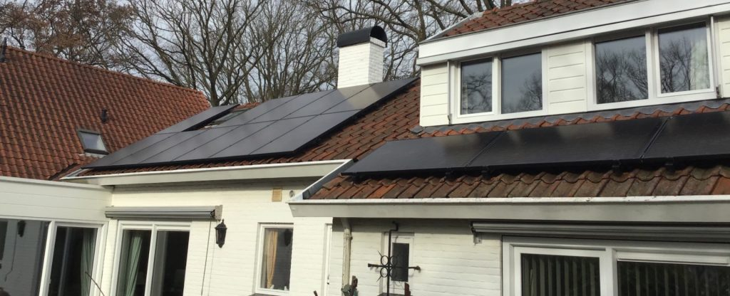 Kruger - 14 zonnepanelen glas-glas Solarwatt en Wallbox Pulsar laadpaal